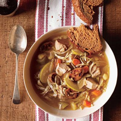 1201p118-chicken-soup-cabbage-apple-m.jpg